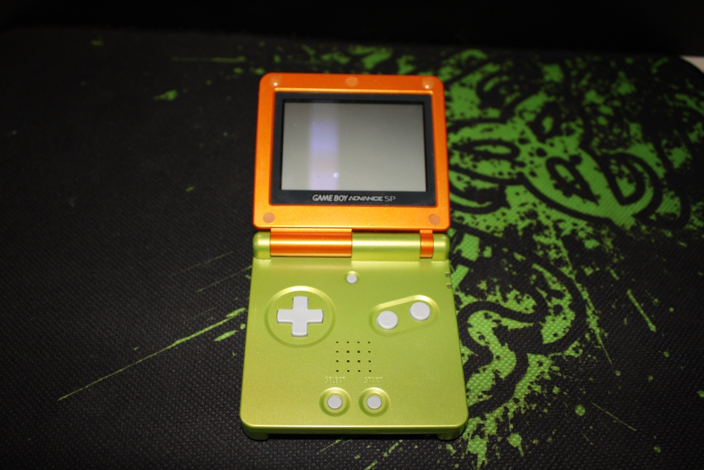 Nintendo GameBoy Advance SP.