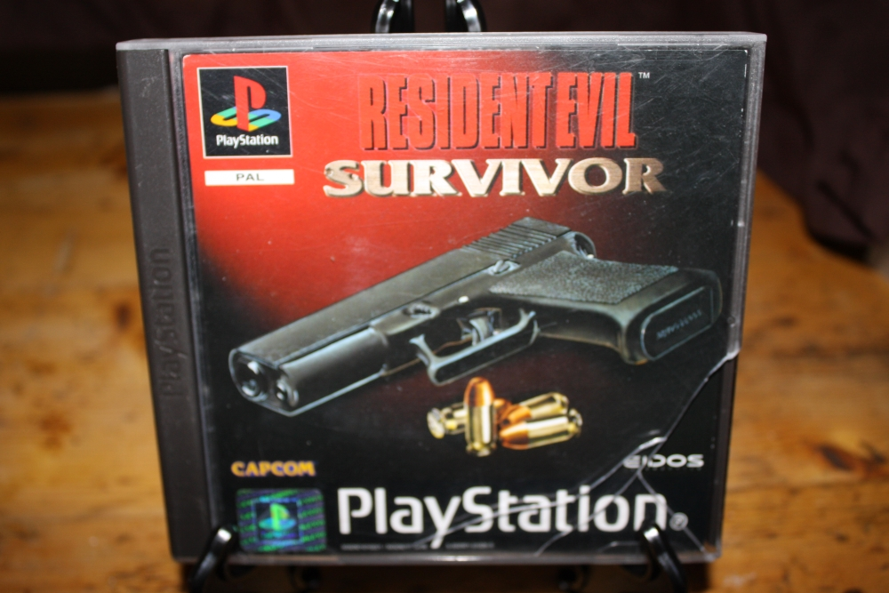 Resident Evil: Survivor (PS PAL).